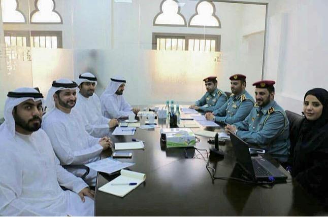 اجتماع  بين الادارة العامة للدفاع المدني الشارقة مع دائرة شؤون الضواحي والقرى الشارقة